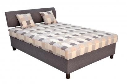 postel s matracom.jpg